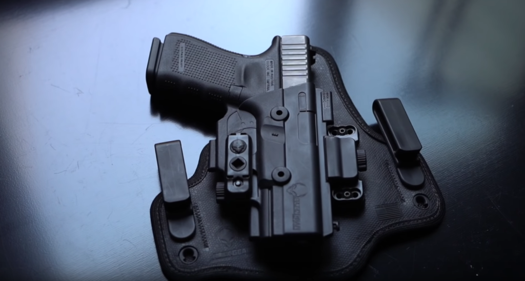 Kydex vs. Leather Holsters
